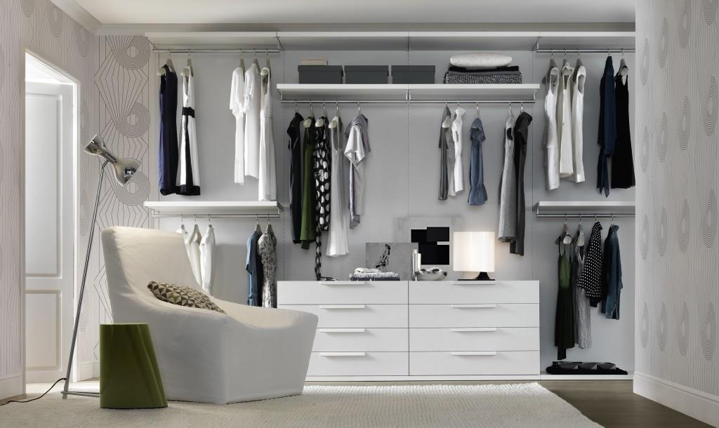 cabina armadio bianca